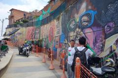 Mario fotograferar Flako, Comuna 13, Medellín.