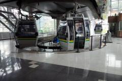 Byte till linbana på Oriente station, Medellín.