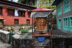 Bönehjul längs leden mellan Lukla och Phakding.