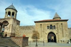 Entrén till Svetitskhoveli Cathedral, Mtskheta.