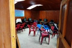 Lektionssal för datakunskap i Khumjung.