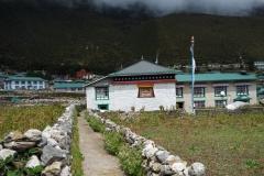 På väg till Khumjung Monastery.