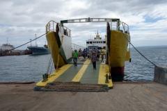 RORO-färjan i hamnen i Ormoc som tog mig ut till Camotes islands.