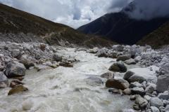 Lobuche-floden vid Dughla.