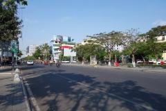 Gatuscen längs Preah Sihanouk Boulevard, Phnom Penh.