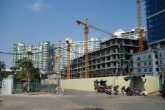 Bygge av bostäder vid Olympic Stadium, Phnom Penh.