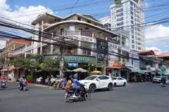 Gatuscen i kvarteret vid Russian Market. Phnom Penh.
