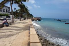 Del av den mysiga strandpromenaden,  Stone Town (Zanzibar Town), Unguja.