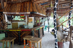 Jag hittade en mysig liten restaurang att äta lunch på, Kizimkazi, Unguja.