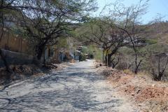 Promenad längs vägen upp från Taganga i riktning mot Santa Marta.