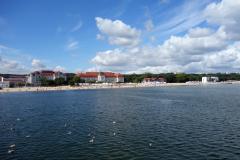 Sopot Beach med Grand Hotel i bakgrunden.