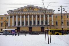 Den del av Amiralitetsbyggnaden som vetter mot Vinterpalatset, Sankt Petersburg.