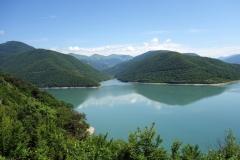 Zhinvali-reservoaren, Zhinvali.