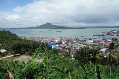 Utsikten över Tacloban från Cavalry Hill.