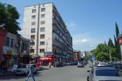 Gatuscen vid Desertirebis Bazari, Tbilisi.