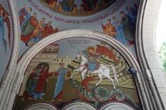 Målningar som pryder huvudentrén till Kashveti Church of St. George, Tbilisi.