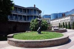 Den lilla parken där gatorna Aleksandr Pushkin-Nikoloz Baratashvili möts, Tbilisi.