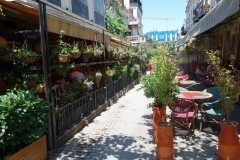 Restauranger på rad längs gatan Erekle II, Tbilisi.