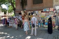 Försäljning av konst längs gatan Erekle II, Tbilisi.
