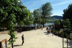 Parku i Madh Kodrat e Liqenit, Tirana.