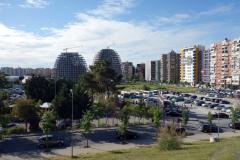 Nya byggen på gång i området vid  Parku i Madh Kodrat e Liqenit, Tirana.