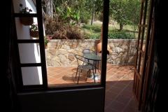 Uteplatsen tillhörande rummet på Hostal Renacer, Villa de Leyva.