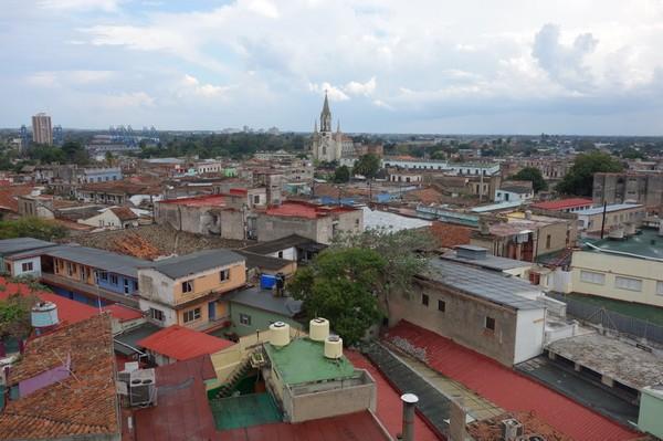 Utsikt över centrala Camagüey från taket på Gran Hotel, Camagüey.