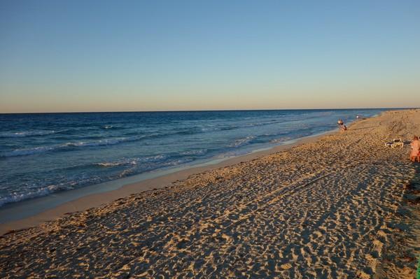 Solnedgång över straits of Florida, Varadero beach, Varadero.