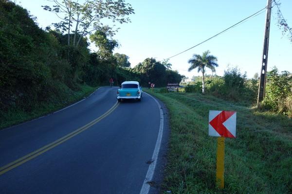 Promenaden upp till Parque Nacional Viñales Visitors Center och Hotel los Jazmines.