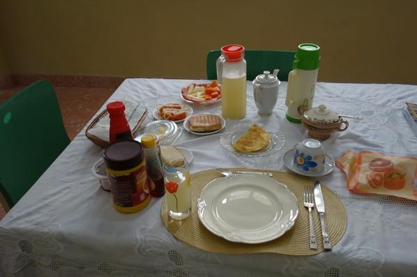 Frukost på Olga & Eugenio casa particular, Cienfuegos