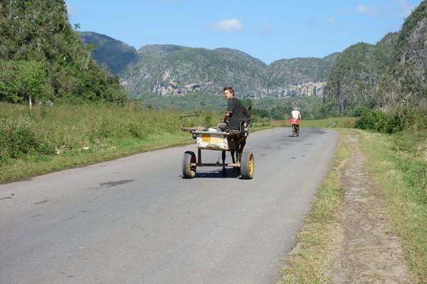 Trekking i underbara Valle de Viñales.