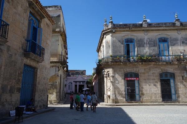 Callejon del Chorro, sidogata till Plaza de la Catedral, Habana Vieja, Havanna.