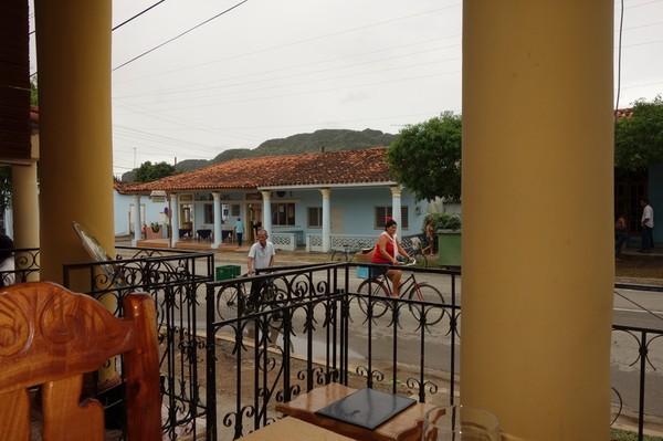 Lunch på den mysiga restaurangen El Olivo som dessutom håller hög klass på maten, Viñales.
