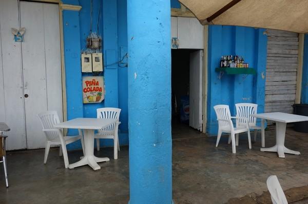 Lokal bar i centrala Viñales.