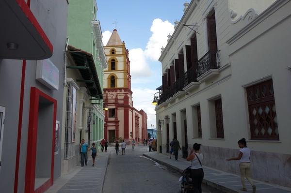 Kyrkan Iglesia de Nuestra Señora de la Soledad i centrala Camagüey.