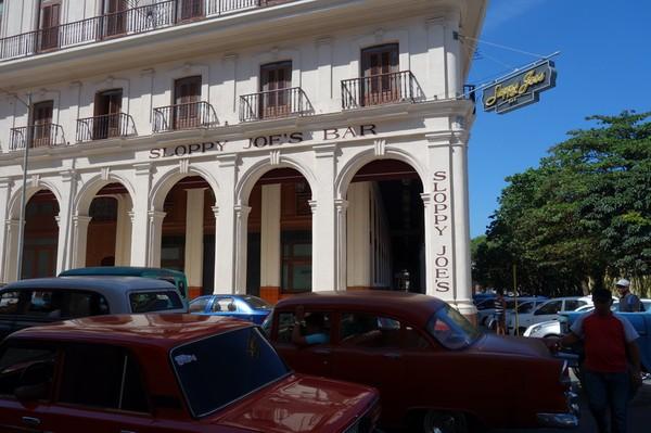 Klassiska Sloppy Joe's bar som slog igen portarna på 60-talet. Öppnade i ny tappning igen 2013, Centro Habana, Havanna.