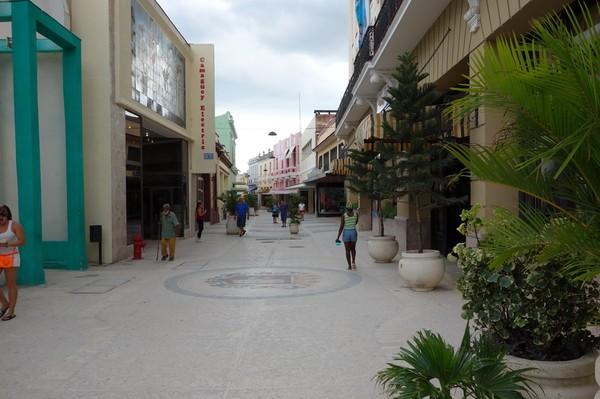 Gågatan Calle Maceo i centrala Camagüey.
