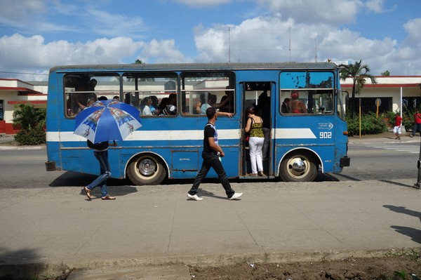 Lokalbuss i centrala Camagüey.