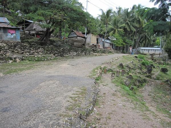 Resan på motorcykel över bergen mellan Com och Fuiloro, Timor-Leste.