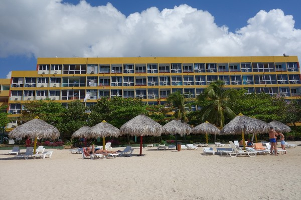 Hotel Club Amigo Ancon, byggd i sann sovjetisk stil under åren då Kuba flirtade som mest med Sovjet.