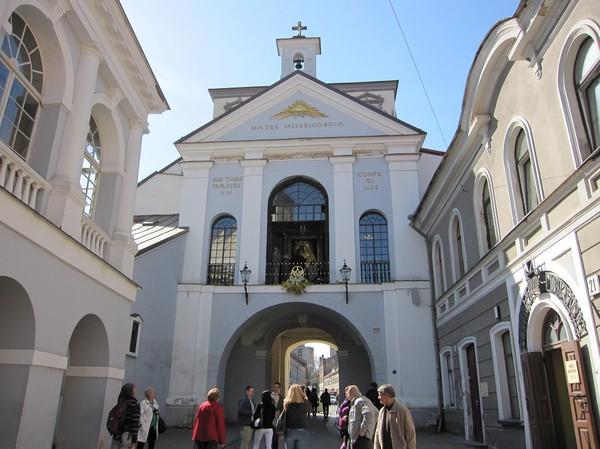 Gates of dawn från insidan, gamla staden Vilnius.