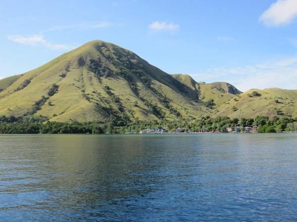 I båten på väg ut till Rinca island.