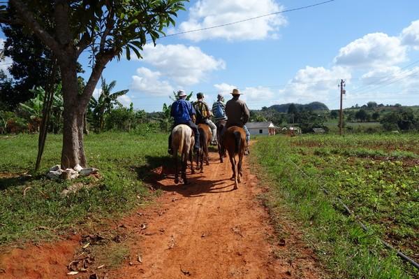 Hästritt i Valle de Silencio.