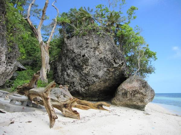 Kagusua beach, Siquijor.