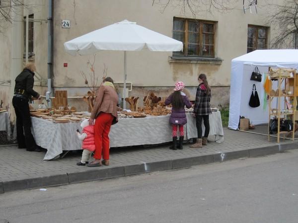 Souvenirförsäljning på väg till slottet, Trakai.