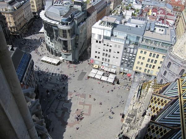Stephansplatz uppifrån sydtornet, Stephansdom, Wien.