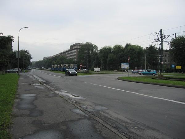 Aleja Solidarności, före detta Lenin avenyn som leder till det stora stålverket, Krakow.