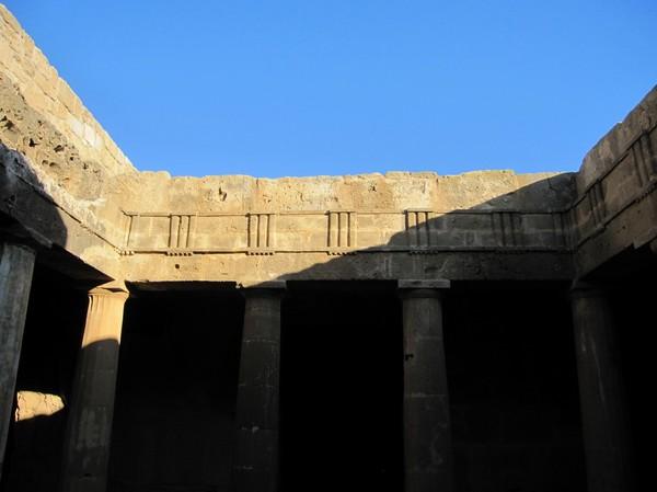 Den tredje graven som rankas som den allra finaste av de sju utgrävda gravarna, Tombs of the kings, Pafos.