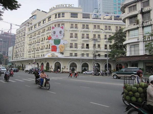 Majestic Hotel vid Saigon river, downtown Saigon.
