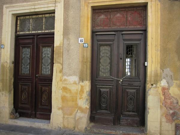 Husfasad i den turkcypriotiska delen av Nicosia.